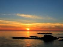 日本海へ沈む夕陽