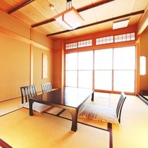 お食事は個室またはお部屋にご用意致します。