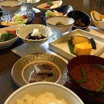 ●和朝食の一例(季節によって内容が変わります)