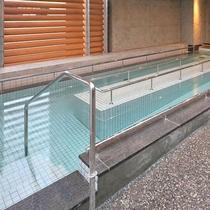 歩行浴 13種類の様々なお風呂を楽しんで頂けます。
