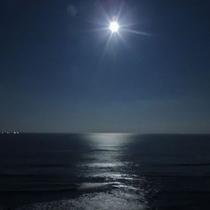 月夜(ビーチ)