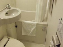 ◆ユニットバス◆お部屋のお風呂はもちろん、地下階にラジウム人工温泉大浴場もございます