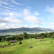 阿蘇五ケ岳の絶景を見渡すロケーションが自慢です
