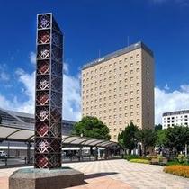 ホテルと切子塔