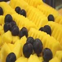 ◆【朝食】『パイン&巨峰』
