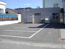 後部駐車場