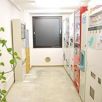 3階自販機室