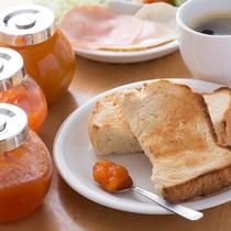 【朝食】野菜で作った当ホテルオリジナル、完全手づくりのジャム