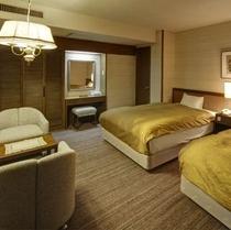 寝室には世界のホテルが認めるシモンズ社のベッドをご用意しております。