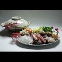 淡白で低カロリー、女性にも人気の「あんこう鍋」。たくさんの地元野菜を入れて頂くヘルシーメニューです。