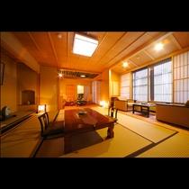 日本三大美林としても名高い奈良の吉野杉、【銘木の間】ではその杉材をふんだんに使用。
