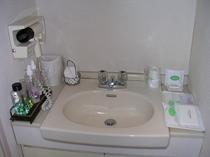 洋室 洗面台②