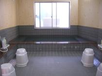 朝風呂も入れる大浴場は気持ちイイ!