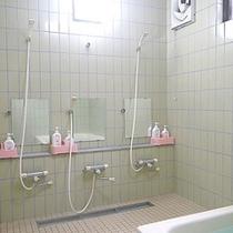 *家族風呂/洗い場もゆったり♪