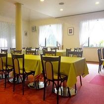 *レストラン/落ち着いた雰囲気の中、四季の味覚をご賞味ください。