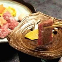 ■【ご夕食】当館おすすめ!蔵王牛陶板焼き膳 ※イメージ