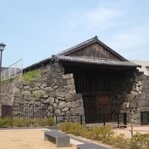 浜崎重要伝統的建造物群保存地区にある旧萩藩御船倉までお車で約5分♪