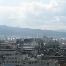 【山形市街&蔵王連峰】ホテルより南東向きビュー