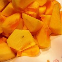 朝食バイキング 旬のフルーツ 柿