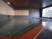 1階 祈りの湯 半露天風呂1