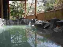 110422-風呂・桜3