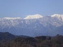 高津屋公園からの常念岳