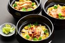季節の炊込ご飯(例)
