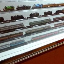 鉄道ファン必見♪ロビー横の鉄道模型です。