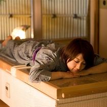 岩盤浴ベッド付客室