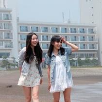海岸前を散歩
