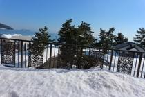 部屋からの雪景色