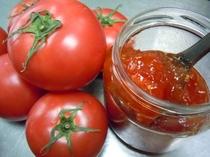 手作りのトマトジャム