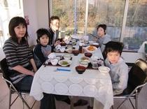 家族連れ秋田