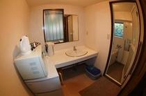 1階の浴槽