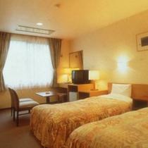 *【洋室一例】一人旅や、カップル、4~5名様までのグループにはこちらのお部屋へ。
