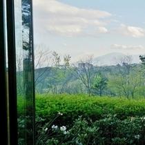 お風呂から見える浅間山