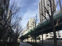 KKRホテル大阪が右手に見えて来ました