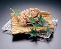 追加料理の甲州名物「あわびの煮貝」(イメージ)