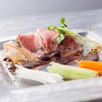 鴨ロース薫製サラダ