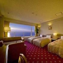 仲間とワイワイ楽しい旅行を演出するお得な海正面の洋室トリプル