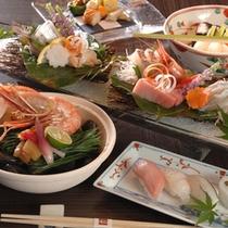 ダイニングでは握り寿司やお造りなど旬の味わいをご堪能いただけます