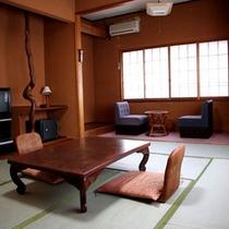 *和室10〜12畳のお部屋(一例)