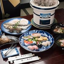 *デラックスプランご朝食一例/お寿司や干物・あら汁・かまの煮付けをお楽しみいただけます。