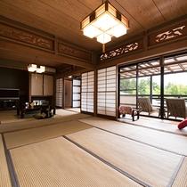 *『房総』半露天風呂付和室。2間続きのお部屋でゆったりと休日をお過ごしください。