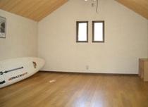 2階・10畳の洋室