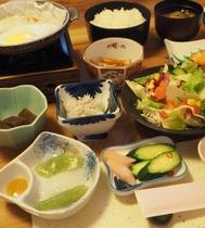 【ご朝食】和定食をご用意します。(画像はイメージ)