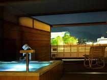 「山水亭」の客室露天風呂(イメージ)