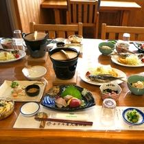 【夕食一例】地元食材を中心としたお料理の品々。屋久島ならではの味をお楽しみ下さい☆