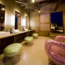 「天女の湯あみ」女性宿泊者専用露天風呂
