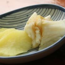 夕食-手作り野菜の漬物